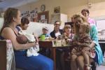 Дом детей-призраков и мам, которым некуда идти